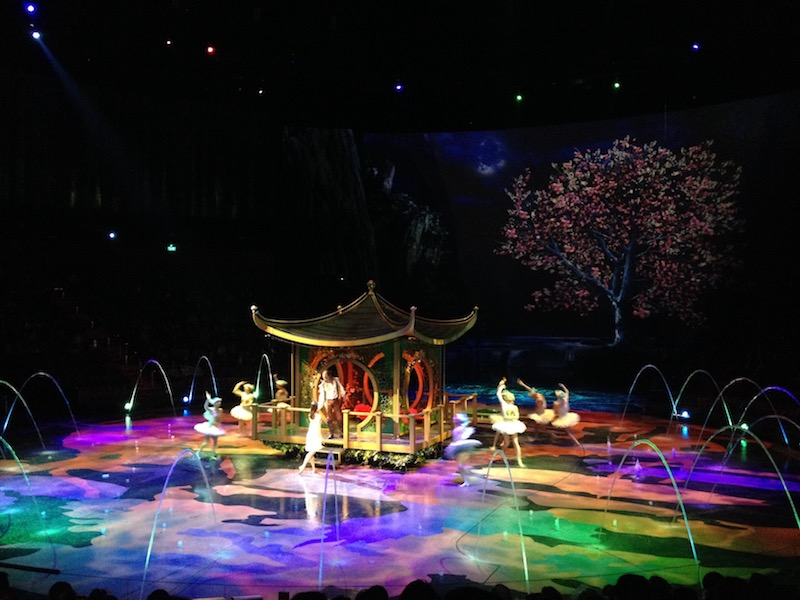 house of dancing water show macau