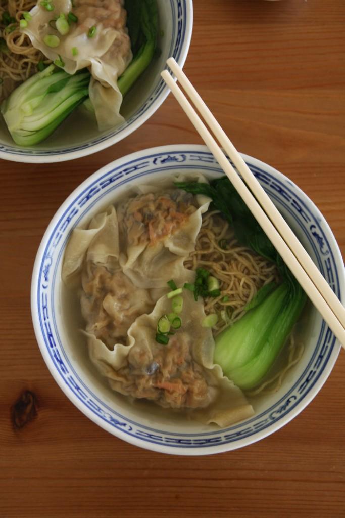 wonton-noodle-soup-close-up-7001.jpg1