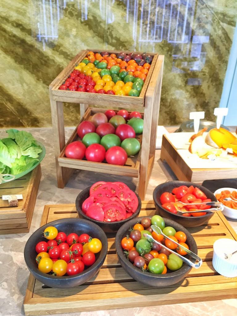 tomatoes motif tokyo