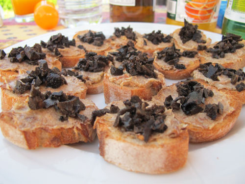 tours truffle canapes